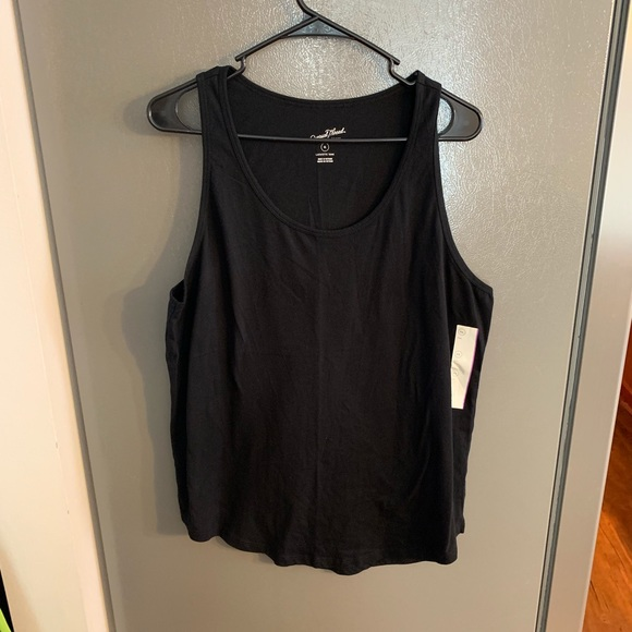 Universal Thread Tops - Universal Threads Lafayette Tank Black XL NWT